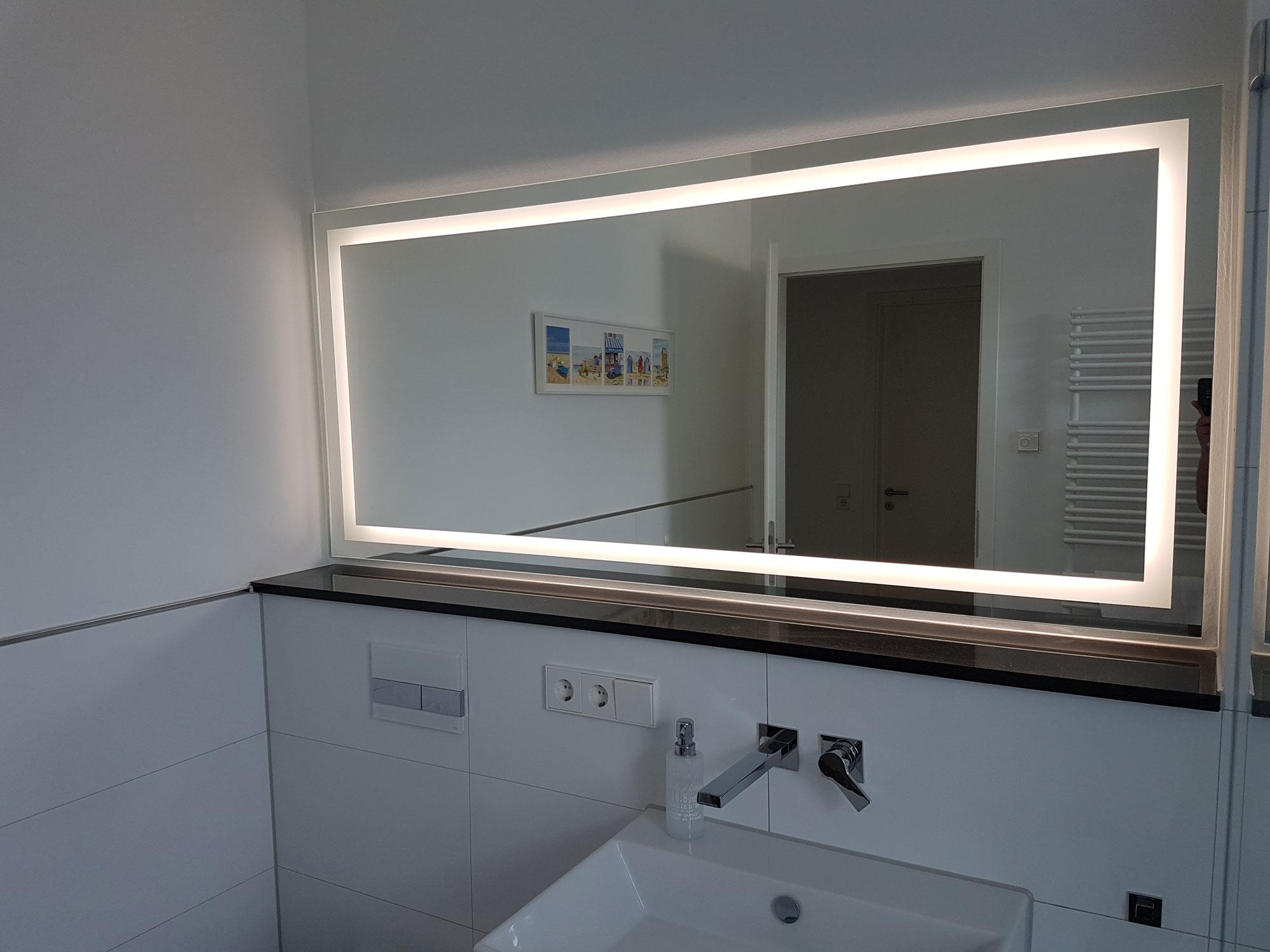 Badspiegel nach Maß mit LED - Glas Seibel GmbH & Co.KG ...